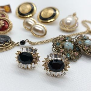 Jewelry - Glamorous Vintage Costume Jewelry Earrings & More